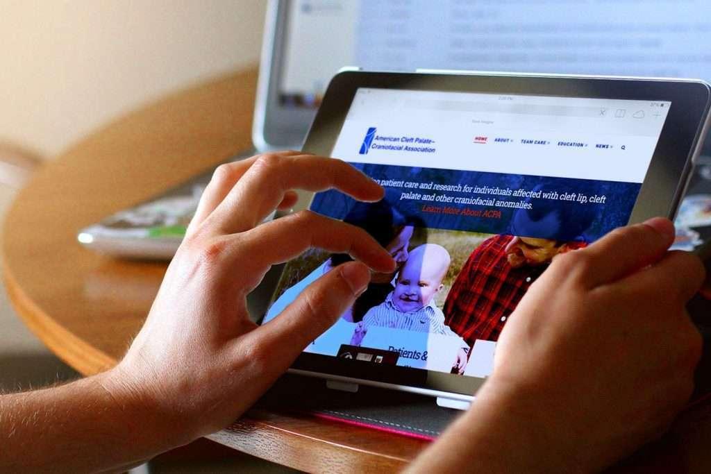 ACPA Tablet - iPad Display