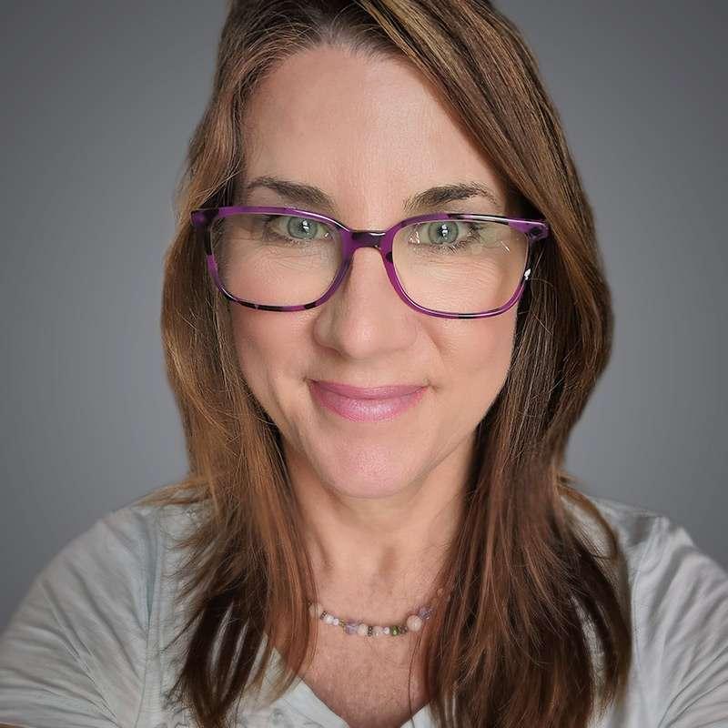 Claudia Rayno